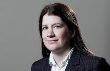 Frey Dóra PhD munkahelyi vitája