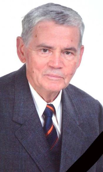 Elhunyt Ruszoly József