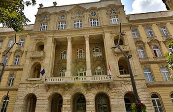 100 éve alakult át a magyar rendvédelmi modell?